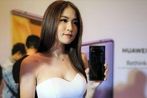 Huawei bán Mate 30 Pro tại Việt Nam theo cách kỳ lạ