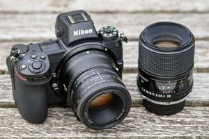 Top 10 máy ảnh tốt nhất thế giới: Nikon, Sony chiếm số đông