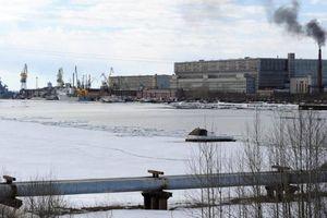 3 nhà ngoại giao Mỹ bị buộc rời tàu Nga