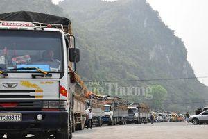 Lạng Sơn chỉ đạo 'nóng' giải phóng hàng nông sản xuất khẩu ùn ứ tại cửa khẩu