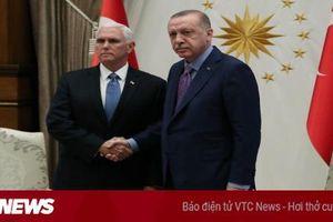 Mỹ và Thổ Nhĩ Kỳ đồng ý ngừng bắn ở Syria