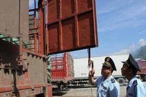 Buôn lậu về cuối năm sẽ diễn biến phức tạp cần tăng cường kiểm tra, xử lý nghiêm