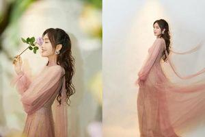 Lâu lắm rồi mới thấy Tần Lam váy vóc bánh bèo như công chúa thế này