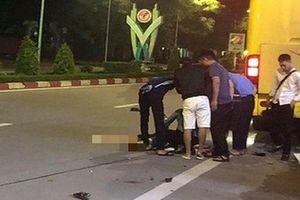 2 nữ sinh thương vong sau va chạm với xe khách