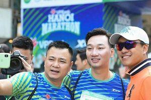 Tự Long - Tuấn Hưng - Thành Trung và cuộc thi chạy có 'một không hai'
