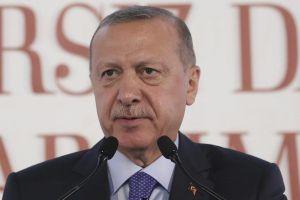 Tổng thống Thổ Nhĩ Kỳ thề nghiền nát người Kurd nếu không rút quân