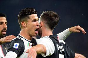 Cristiano Ronaldo lập công, Juventus thắng nghẹt thở Bologna
