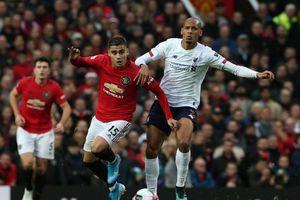 VAR giúp MU chặn đứng chuỗi trận toàn thắng của Liverpool