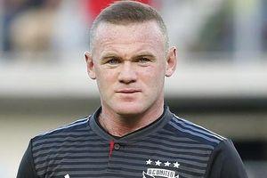 W.Rooney trở lại Anh thi đấu