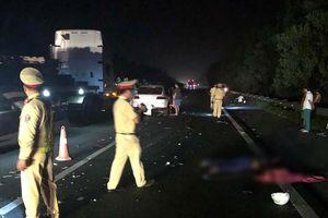 Đi ngược chiều vào làn ô tô trên cao tốc Pháp Vân - Cầu Giẽ, lái xe máy bị tông chết