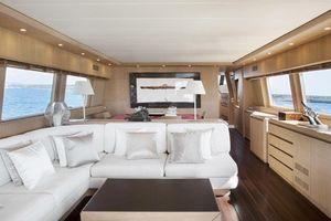 Thuê du thuyền sống ảo với giá 6.000 USD/ngày