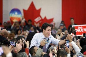 Thủ tướng Trudeau 'lội ngược dòng' trong cuộc bầu cử Canada