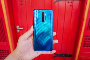 Trên tay Realme X2 Pro tại Việt Nam: cấu hình khủng, giá rẻ nhưng sẽ phải đánh đổi