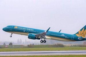Vietnam Airlines lùi giờ hàng loạt chuyến bay tới Nhật Bản do bão