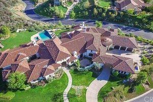 Ngỡ ngàng trước căn biệt thự đẹp như mơ của 'Công chúa nhạc Pop' Britney Spears