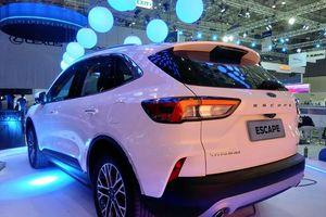Ford Escape mới lộ diện, phả 'hơi nóng' lên Mazda CX-5, Honda CR-V