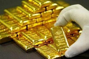Giá vàng hôm nay 22/10: USD tăng giá, vàng giảm nhẹ