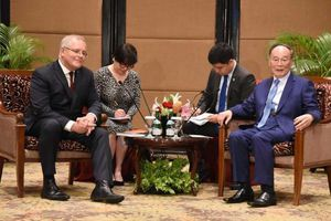 Thủ tướng Australia gặp Phó Chủ tịch Trung Quốc tại Indonesia