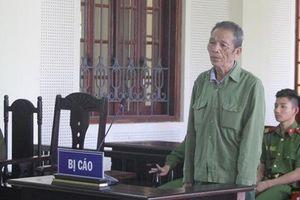 Nghệ An: Bố 80 tuổi giết con trai ruột vì bị xúc phạm sau khi đi uống rượu về