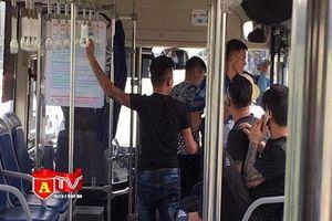 Truy bắt nhóm thanh niên đánh nữ phụ xe buýt tại Hà Nội