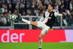 Ronaldo gào thét vì không thể ghi bàn cho Juventus