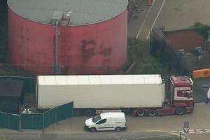 Phát hiện kinh hoàng: 39 thi thể trên xe container tại khu công nghiệp