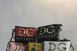 Thâm nhập 'thủ phủ' đổ buôn túi xách giả nhãn hiệu Gucci, Chanel...
