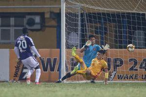 Hạ màn V.League: Trọng tài ngoại cầm còi, Thanh Hóa, Khánh Hòa đua trụ hạng