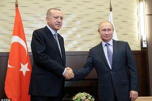 Đi nước cờ cao tay, Tổng thống Putin đảo ngược tình thế trên chiến trường Syria
