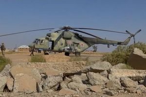 Quân đội Nga đổ bộ xuống căn cứ không quân Syria vừa mở cửa trở lại