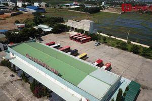 Sau phản ánh của báo Người Đưa Tin, bến xe khách tỉnh Ninh Thuận đã tháo dỡ thiết bị dẫn dụ chim yến tại nhà kho chứa hàng