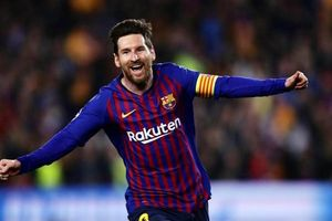 Chân sút vĩ đại của M.U đánh giá Messi hơn hẳn Ronaldo một bậc