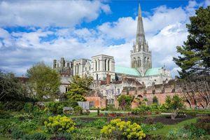 Ngắm những nhà thờ đẹp nhất nước Anh
