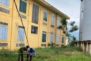 Học sinh lớp 2 bị điện giật tử vong tại trường