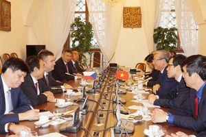 Thúc đẩy quan hệ Việt Nam-Séc thực chất, hiệu quả và sâu sắc hơn