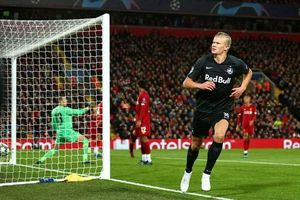 Mục tiêu của MU vượt Messi, Ronaldo về kỷ lục ghi bàn