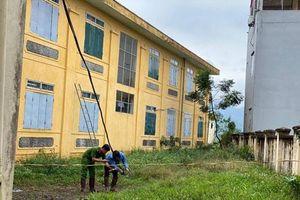 Hà Nội: Học sinh lớp 2 bị điện giật tử vong trong giờ ra chơi
