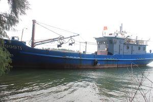 Thừa Thiên - Huế: Nhiều tàu vỏ thép 'mắc cạn', ngân hàng khó thu hồi tiền nợ