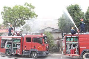 Diễn tập phương án chữa cháy tại Bát Tràng