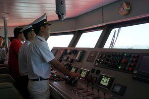 Thuyền viên khi rời phương tiện phải được chỉ huy cao nhất cho phép