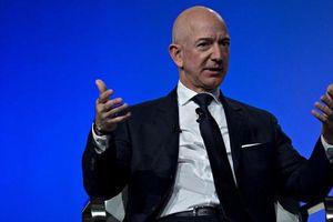 Jeff Bezos sắp mất ngôi vị giàu nhất thế giới?