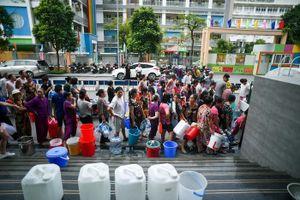 Công ty nước sạch Sông Đà chính thức xin lỗi người dân về sự cố nước nhiễm dầu