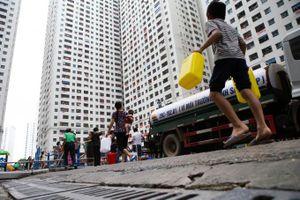 Khủng hoảng nước sạch sông Đà: Nhà bạn đang dùng nguồn nước nào?
