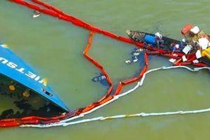Sắp hút hết 150 tấn dầu do sự cố bị lật của tàu Vietsun Integrity