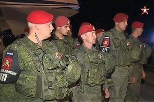Cận cảnh hàng trăm binh sĩ Nga tới Syria sau thỏa thuận Sochi