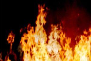 Cháy khu chợ tạm, khoảng 10 quầy hàng bị thiêu rụi