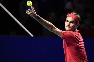 Hạ gục hot boy quần vợt, Federer nối dài thêm 2 kỷ lục khi giành vé vào chung kết Basel Open