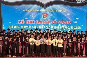 86 thủ khoa của Hà Nội được ghi danh Sổ vàng 2019