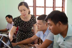 Quảng Bình: Tập huấn bồi dưỡng 210 giáo viên tiểu học cốt cán