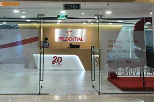 Vì sao nhân viên bảo hiểm Prudential xin gỡ thông tin khách 'tố' bị đối xử như con nợ?